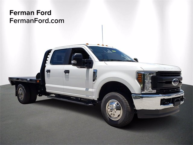 2019 F-350 Crew Cab DRW 4x4, Freedom Platform Body #19F797 - photo 1
