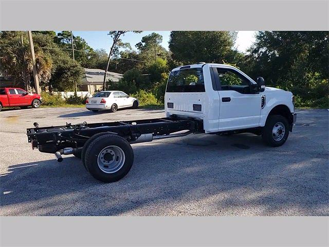 2020 Ford F-350 Regular Cab DRW 4x4, Cab Chassis #20F1316 - photo 1