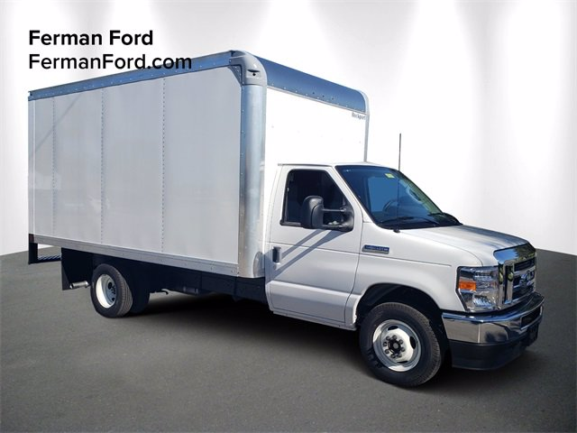 2021 Ford E-350 4x2, Rockport Cutaway Van #21F006 - photo 1