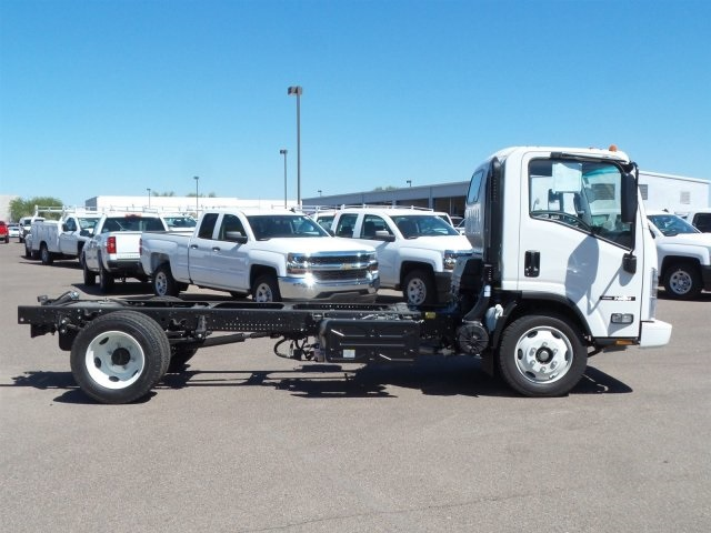 2017 NQR Regular Cab, Cab Chassis #H7301345 - photo 3