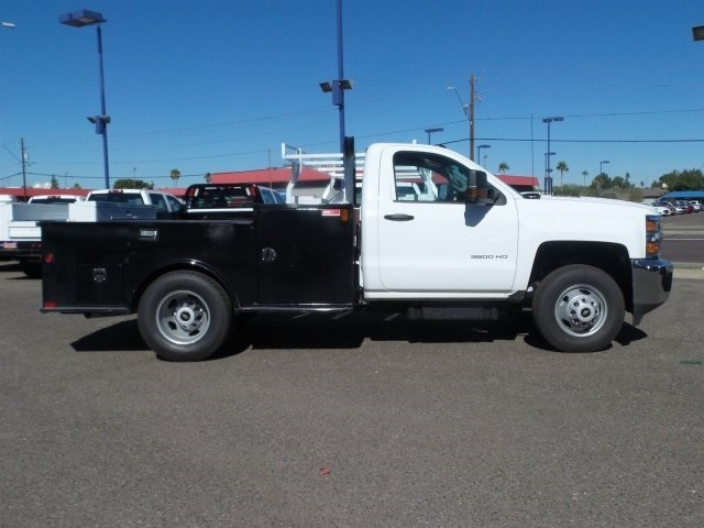 2015 Silverado 3500 Regular Cab 4x4, Service Body #FF675129 - photo 4
