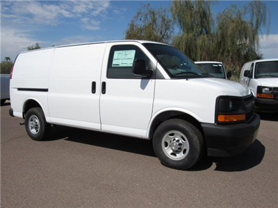 2017 Express 2500 Cargo Van #H1151233 - photo 3
