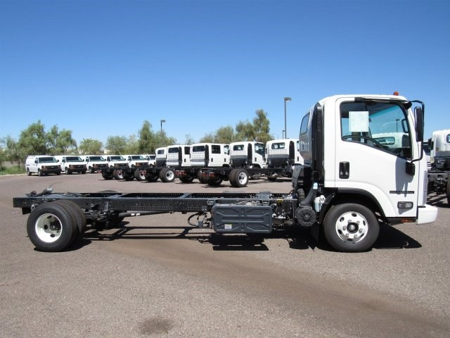 2017 NPR-HD Regular Cab,  Cab Chassis #H7000820 - photo 4