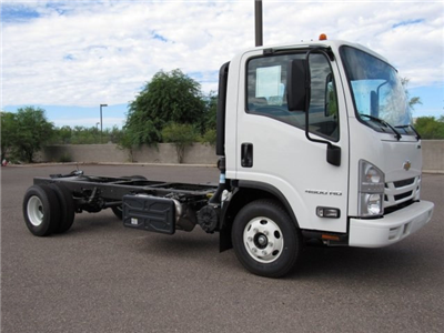 2017 LCF 4500 Regular Cab Cab Chassis #H7003014 - photo 4