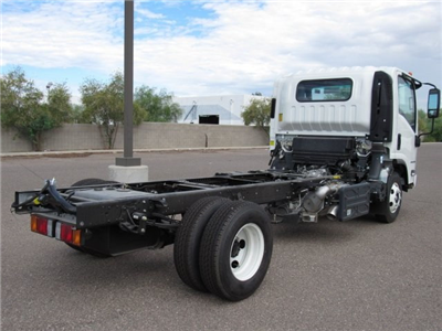 2017 LCF 4500 Regular Cab Cab Chassis #H7003014 - photo 3