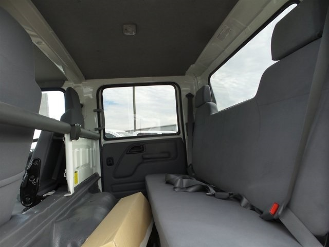 2017 NQR Crew Cab, Cab Chassis #H7901339 - photo 15