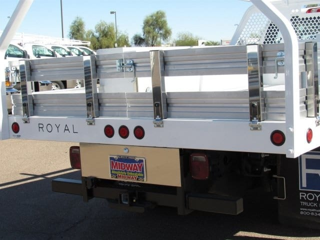 2017 Silverado 3500 Regular Cab, Royal Contractor Bodies Contractor Body #HF180282 - photo 6