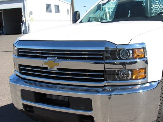 2017 Silverado 3500 Regular Cab DRW, Royal Contractor Bodies Contractor Body #HF180282 - photo 9