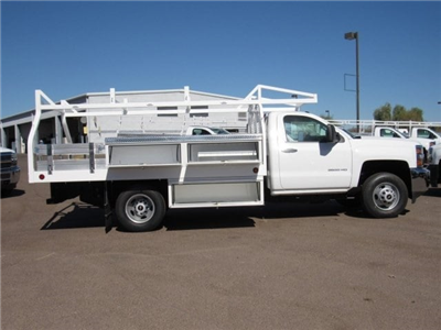 2017 Silverado 3500 Regular Cab, Royal Contractor Bodies Contractor Body #HF180282 - photo 4
