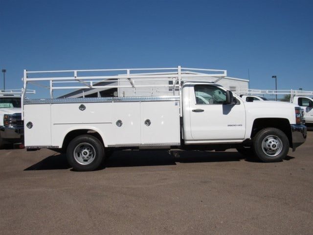 2017 Silverado 3500 Regular Cab, Royal Service Body #HF192974 - photo 3