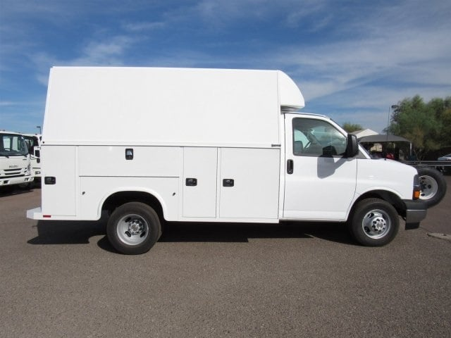 2017 Express 3500, Knapheide Service Utility Van #HN008124 - photo 3