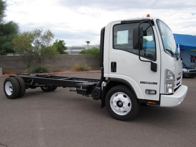 2017 NPR Regular Cab Cab Chassis #HS806006 - photo 3