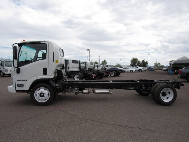 2017 NPR Regular Cab Cab Chassis #HS806006 - photo 6