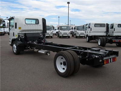 2017 NPR Regular Cab Cab Chassis #HS806006 - photo 2