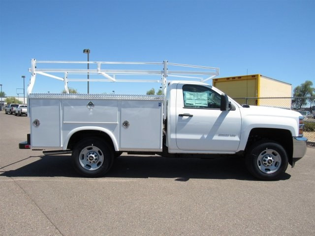 2017 Silverado 2500 Regular Cab, Royal Service Body #HZ276540 - photo 4