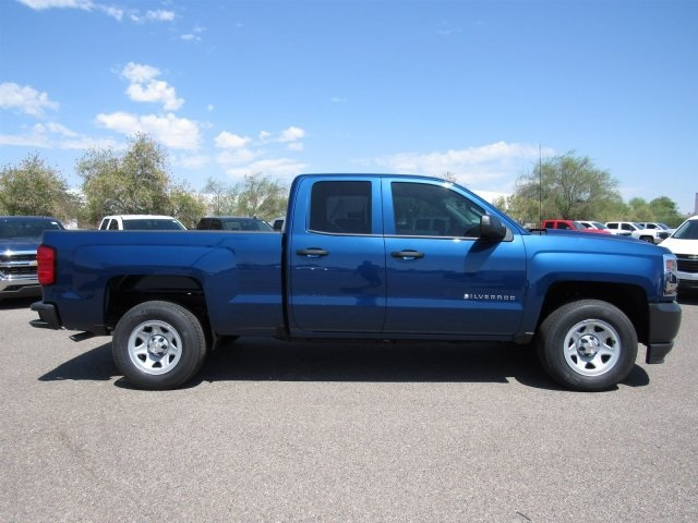 2017 Silverado 1500 Double Cab Pickup #HZ388616 - photo 3