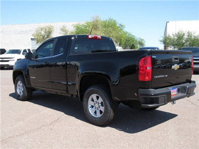 2018 Colorado Extended Cab, Pickup #J1109963 - photo 2