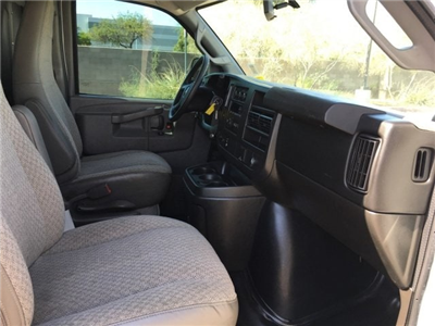 2016 Savana 2500 4x2,  Empty Cargo Van #J1190286A - photo 8