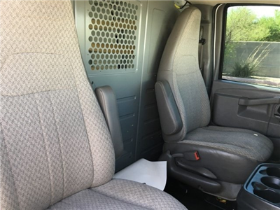 2016 Savana 2500 4x2,  Empty Cargo Van #J1190286A - photo 9