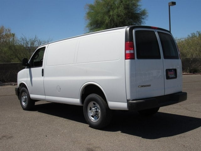 2018 Express 2500 4x2,  Harbor Upfitted Cargo Van #J1194014 - photo 2