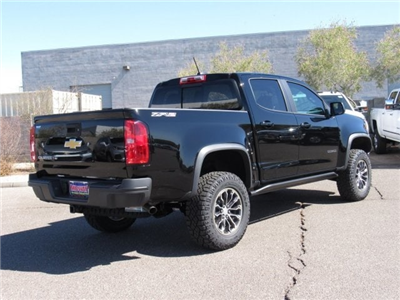 2018 Colorado Crew Cab 4x4,  Pickup #J1311577 - photo 3