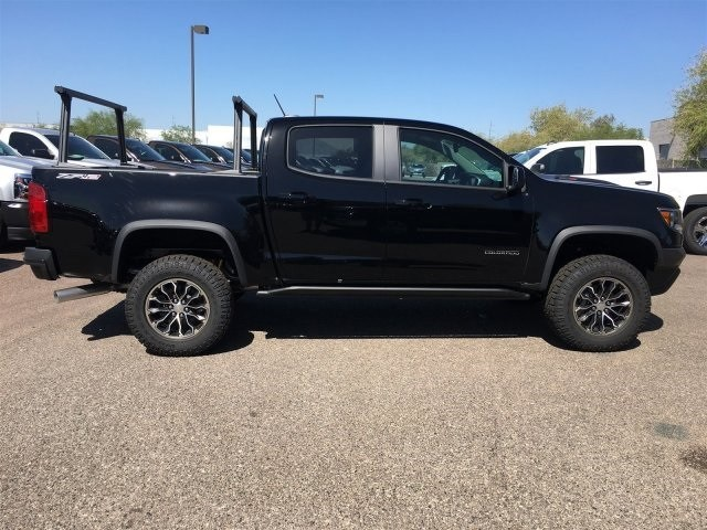 2018 Colorado Crew Cab 4x4,  Pickup #J1323395 - photo 3