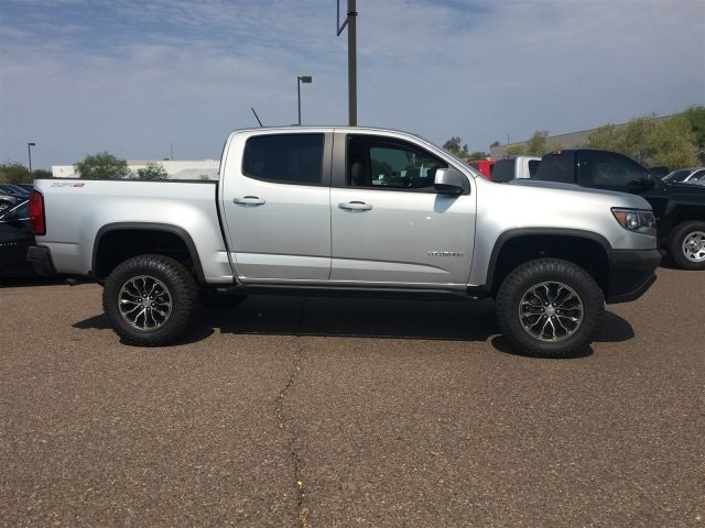 2018 Colorado Crew Cab 4x4,  Pickup #J1326719 - photo 3