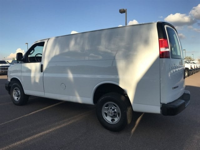 2018 Express 2500 4x2,  Empty Cargo Van #J1339509 - photo 4