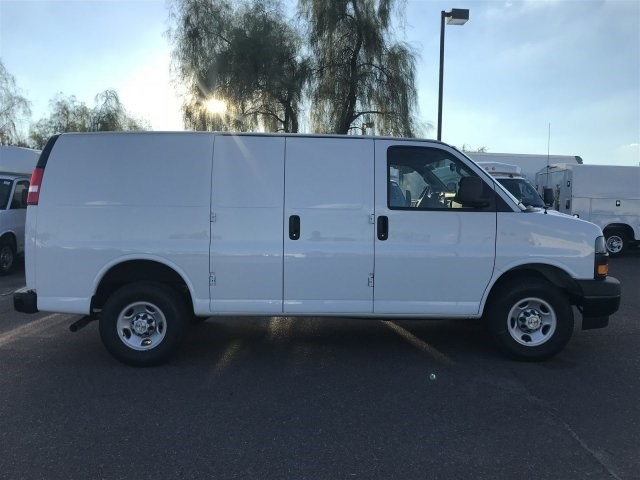 2018 Express 2500 4x2,  Empty Cargo Van #J1339509 - photo 7