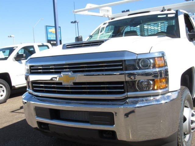 2018 Silverado 3500 Regular Cab DRW 4x2,  Knapheide Contractor Body #JF133639 - photo 8