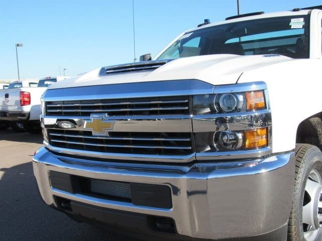 2018 Silverado 3500 Regular Cab DRW 4x2,  Freedom Contractor Body #JF233024 - photo 5