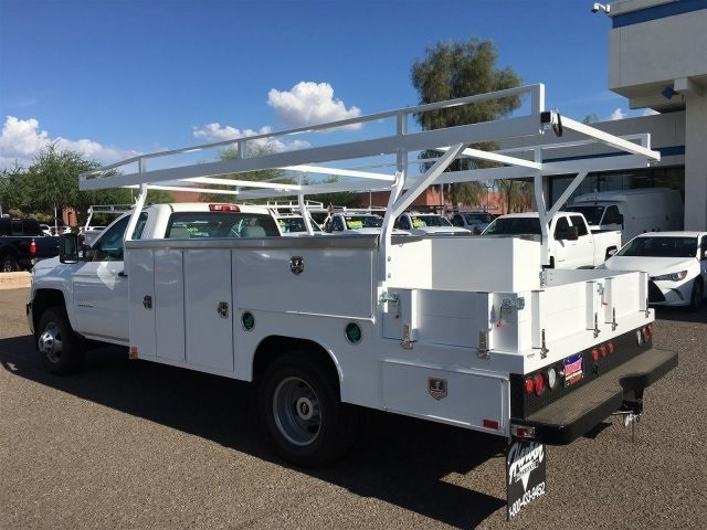 2018 Silverado 3500 Regular Cab DRW 4x2,  Harbor Combo Body #JF278803 - photo 2