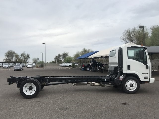 2018 NPR-HD Regular Cab,  Cab Chassis #JS805889 - photo 4