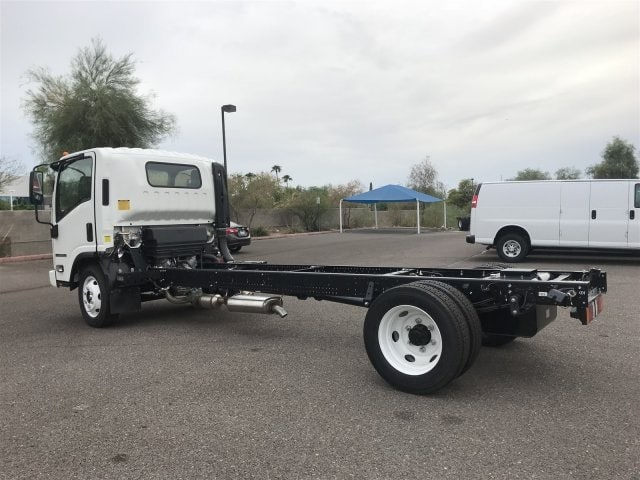 2018 NPR-HD Regular Cab,  Cab Chassis #JS805889 - photo 2