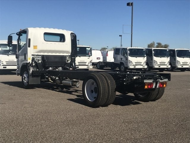 2018 NPR-HD Regular Cab,  Cab Chassis #JS810522 - photo 2