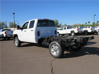 2018 Silverado 2500 Double Cab 4x2,  Cab Chassis #JZ306964 - photo 2