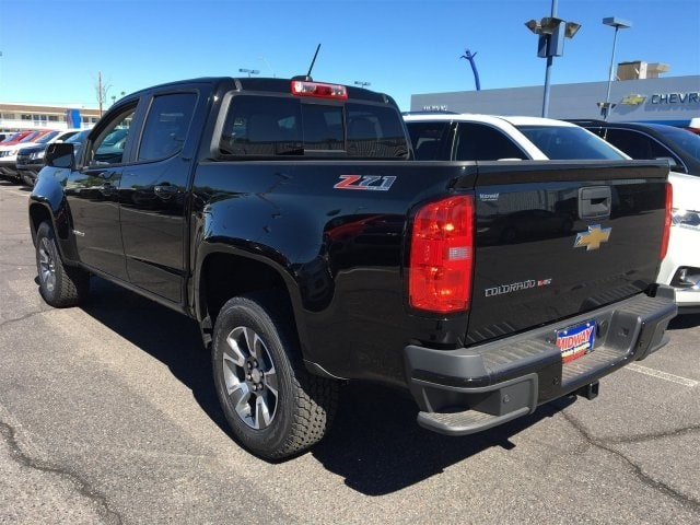 2019 Colorado Crew Cab 4x4,  Pickup #K1117938 - photo 2