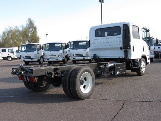 2019 NRR Regular Cab 4x2,  Cab Chassis #K7302591 - photo 3