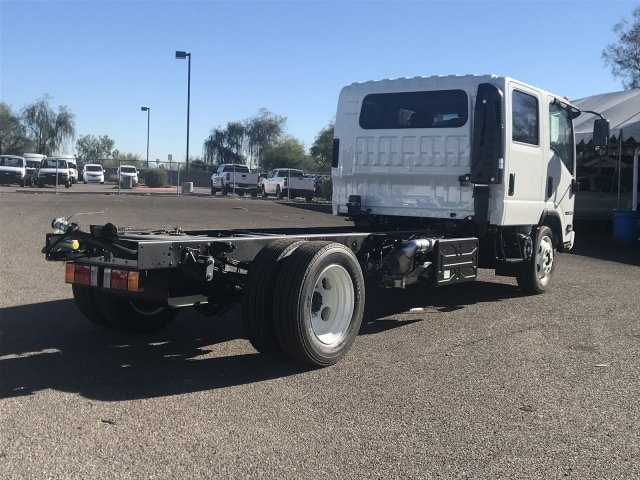 2019 NRR Regular Cab 4x2,  Cab Chassis #K7302699 - photo 3