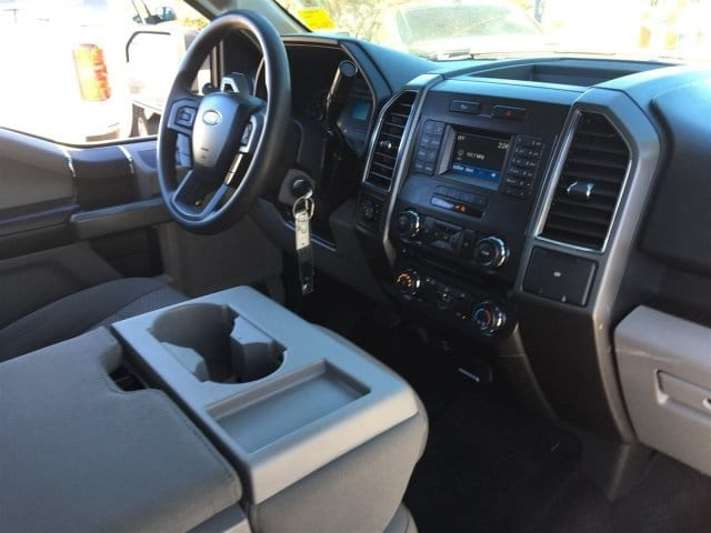 2017 F-150 Crew Cab 4x4, Pickup #P18200 - photo 6
