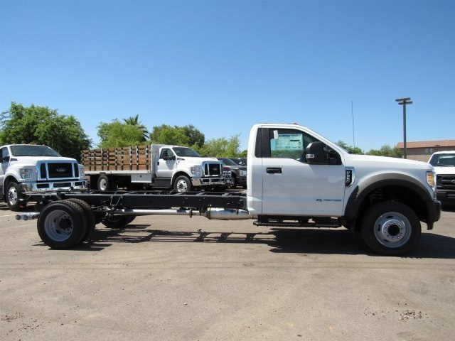 2017 F-550 Regular Cab DRW, Cab Chassis #HED87911 - photo 5