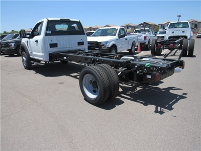 2017 F-550 Regular Cab DRW, Cab Chassis #HED87914 - photo 3