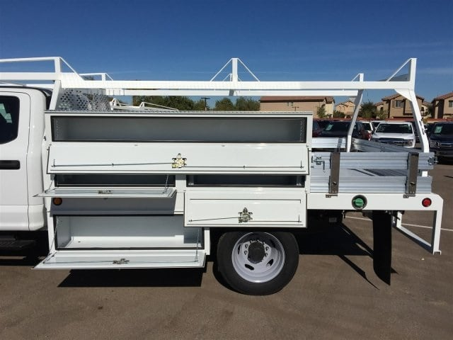 2017 F-550 Crew Cab DRW, Scelzi Contractor Flatbed Contractor Body #HEF40835 - photo 5