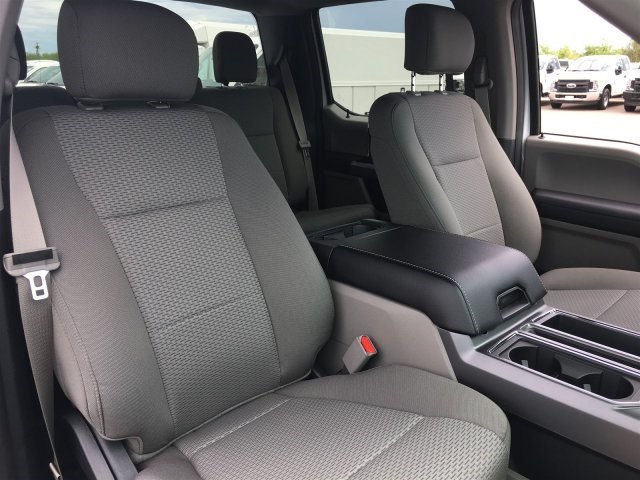 2017 F-150 SuperCrew Cab,  Pickup #HKD77387 - photo 4