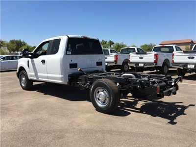 2018 F-250 Super Cab 4x2,  Cab Chassis #JEB92215 - photo 4