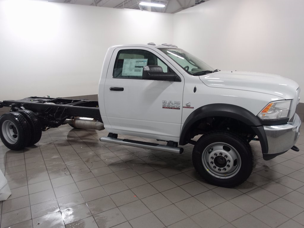 2017 Ram 5500 Regular Cab DRW 4x4, Cab Chassis #DOT70446 - photo 3