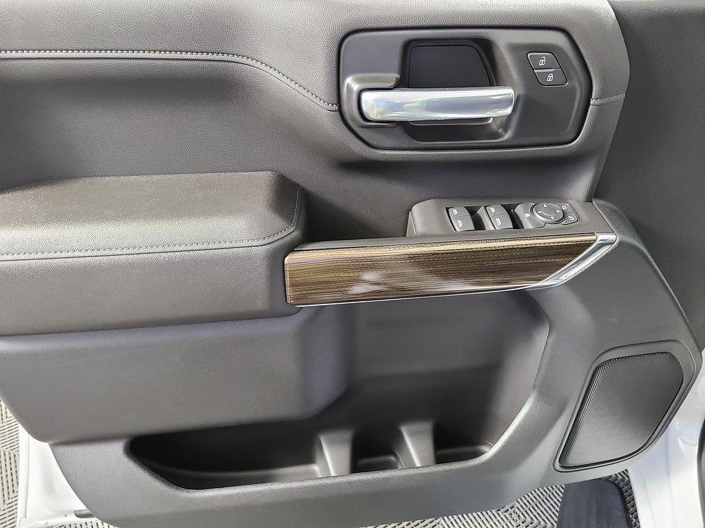 2021 Chevrolet Silverado 2500 Crew Cab 4x4, Pickup #F10150 - photo 9