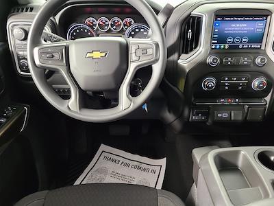 2021 Chevrolet Silverado 2500 Crew Cab 4x4, Pickup #F10150 - photo 11