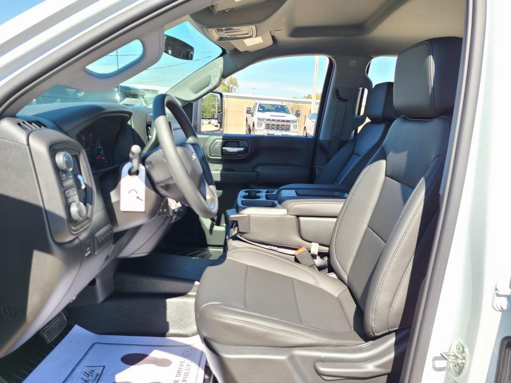 2020 Chevrolet Silverado 3500 Crew Cab DRW 4x4, Reading Service Body #F8688 - photo 11