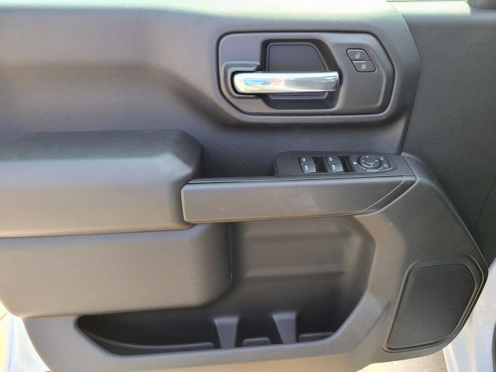 2020 Chevrolet Silverado 3500 Crew Cab DRW 4x4, Reading Service Body #F8689 - photo 10